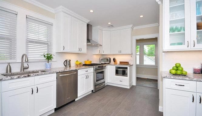 ice-white-shaker-kitchen-cabinets-79